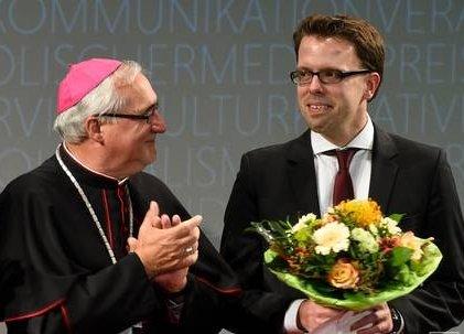 rechts Raoul Löbbert
